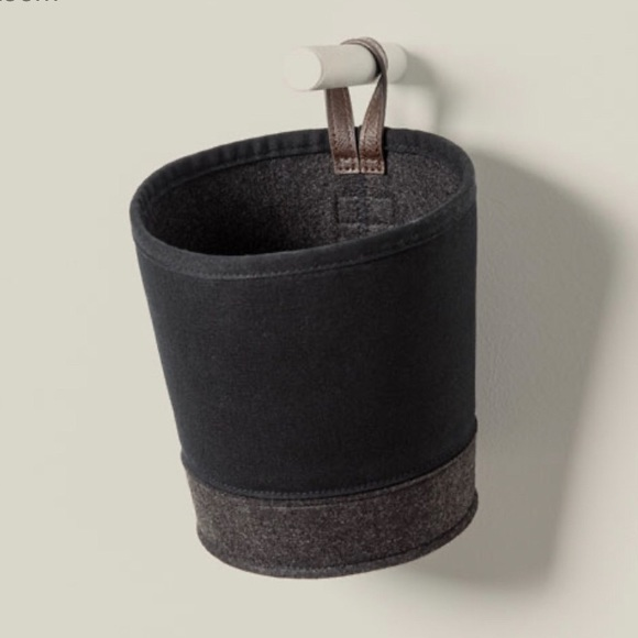 thirty-one Other - Felt Hanging Bin - Black with Brushed Graphite